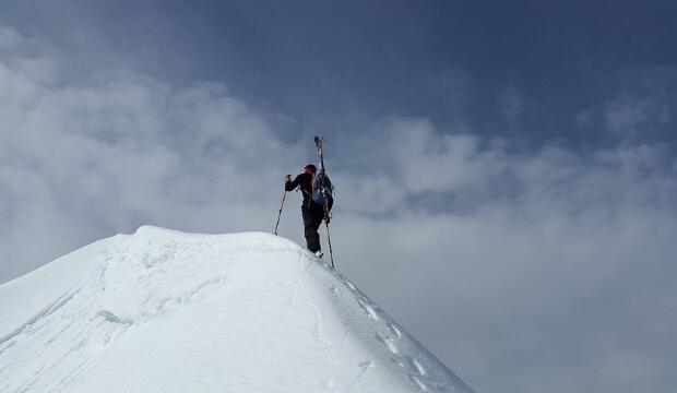 esquis de montaña
